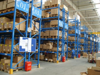 仓库货架布局碰到墙体维持柱的三种处理方法