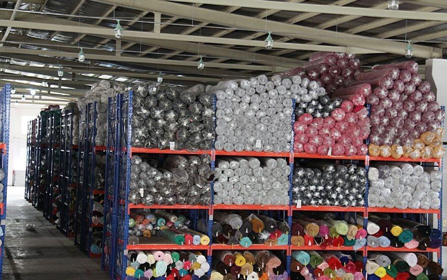存放纺织布条货架图片
